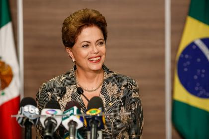 RSF_Dilma-Rousseff-coletiva-imprensa-Mexico_01-420x280