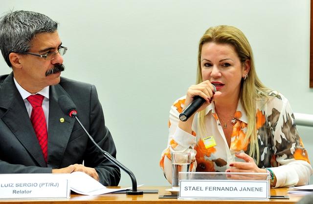 A viúva de Jose Jenene, Stael Janene, prestou depoimento na CPI da Ptrobras (Foto: Luiz Macedo/Câmara dos Deputados)