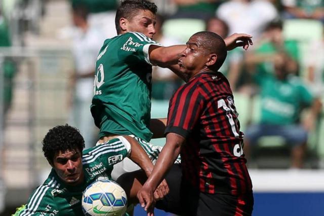 Palmeiras Atletico paranaense Foto Cesar Greco Fotoarena