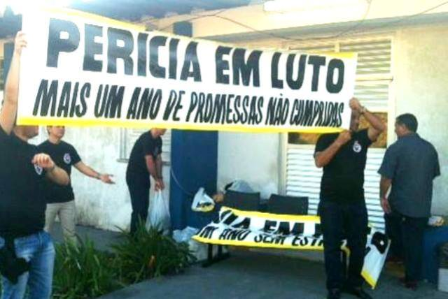 Peritos criminais: greve durou apenas 28 horas e foi suspensa por decisão judicial (Foto: Divulgação/Sinpoeam)