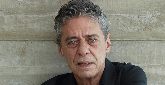 Último livro lançado por Chico Buarque foi 'O irmão alemão', em 2016