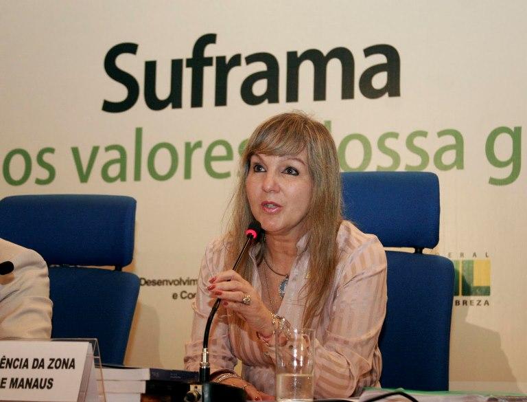 Flávia Grosso