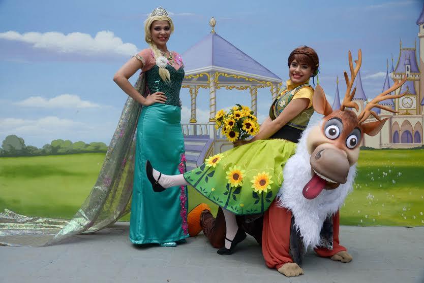 MANAUS/AM - 16-06-15Anna e Sven de Frozen vão fazer a festa no Parque Cidade da Criança.FOTO: INGRID ANNE/ MANAUSCULT