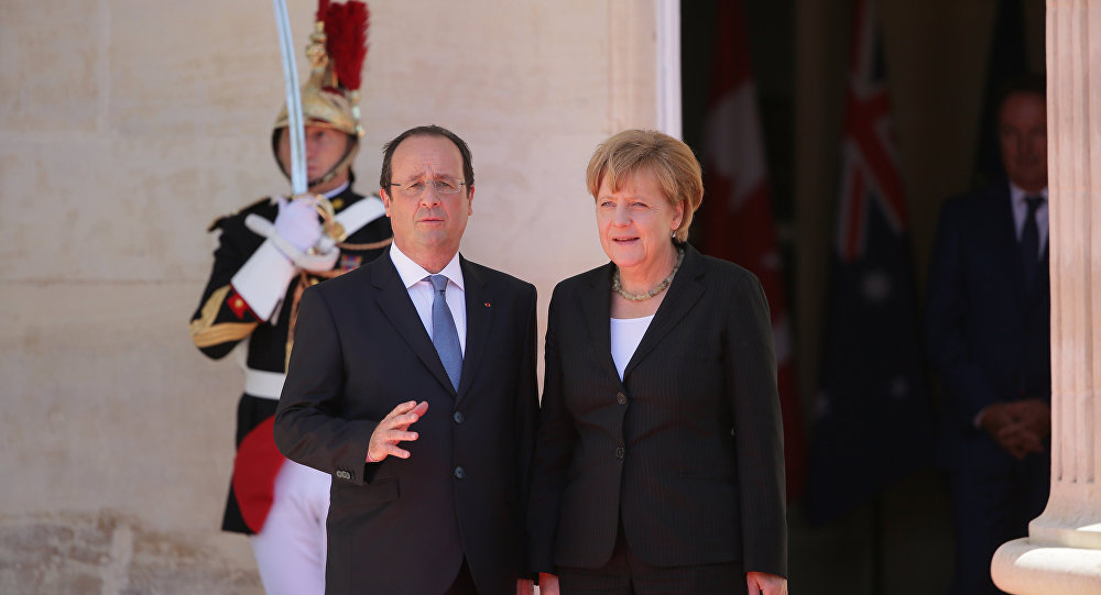Merkel e Hollande Mikhail Metsel