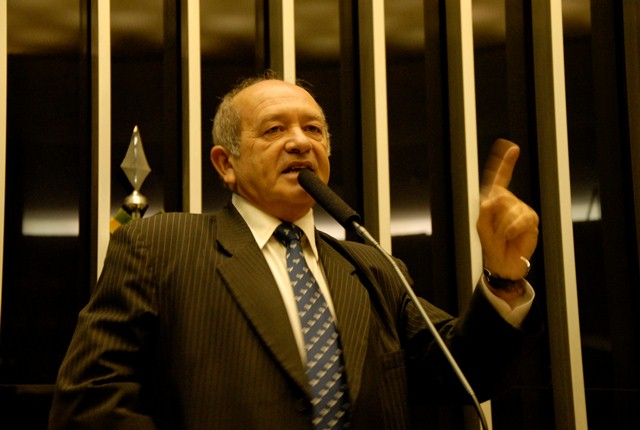 O ex-deputado Francisco Praciano está morando em Itapipoca, no Ceará, sua terra natal (Foto: Divulgação)