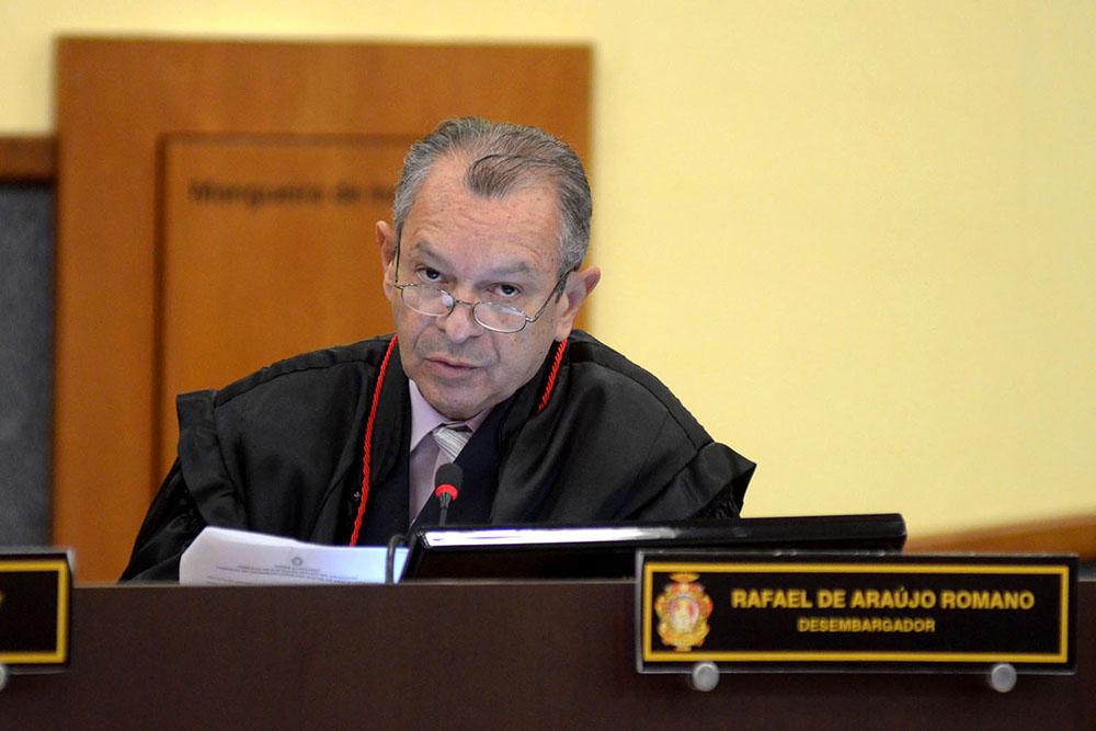 MP-AM denuncia desembargador Rafael Romano por abusar sexualmente da neta