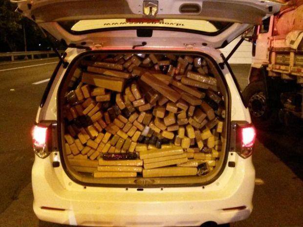 policia apreende 413 kilos de maconha em bauru  Foto Divulgação Polícia Rodoviária