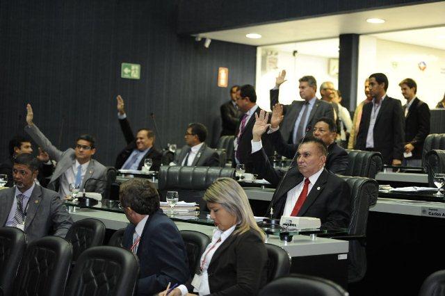 Deputados governistas votaram em peso nas propostas do governo do Estado (Foto: Elisa Maia/ALE)