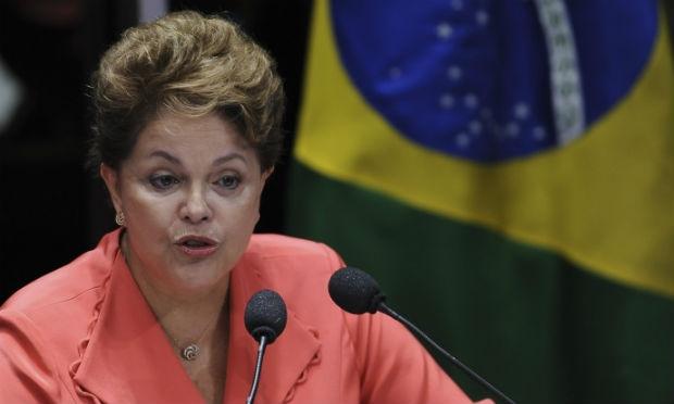 Dilma chegou à residência oficial por volta das 8h, depois de mais de 15 horas de voo da Finlândia ao Brasil  Foto Roberto Stuckert Filho PR