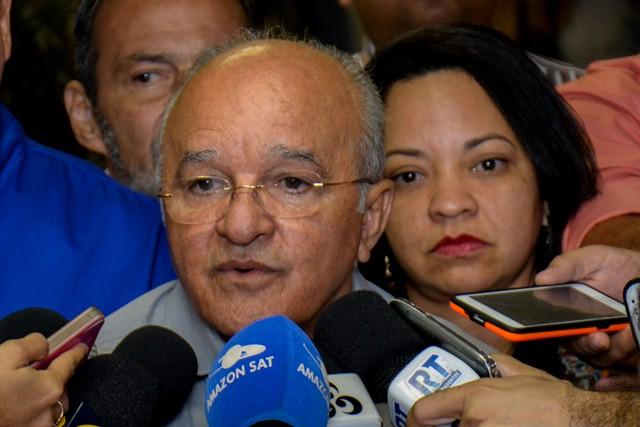 O governador José Melo diz que o objetivo é aprimorar o sistema de financiamento de pesquisa (Foto: Valdo Leão/Secom)