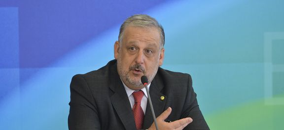 O ministro da Secretaria de Governo, Ricardo Berzoini, disse que governo ainda não definiu tamanho do déficit do Orçamento de 2015Antonio CruzAgência Brasil