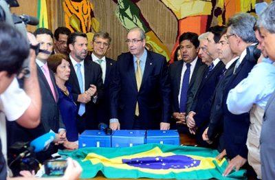 Pauderney Avelino no ato de entrega do novo pedido de impeachment (Foto Alex Ferreira/Câmara dos Deputados)