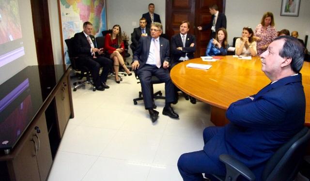 Reunião senadores Foto Ariel Costa