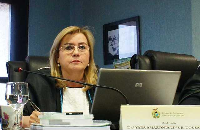 """Yara Lins revogou a própria decisão depois de """"uma análise mais profunda"""" (Foto: Divulgação/TCE)"""