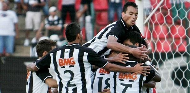 jogadores-do-atletico-mg-comemoram-gol Foto Bruno Cantini site oficial do Atlético-MG