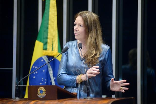 Vanessa Grazziotin afirmou que não ha motivos para o impeachment da presidente Dilma Rousseff (Foto: Pedro França/Agência Senado)