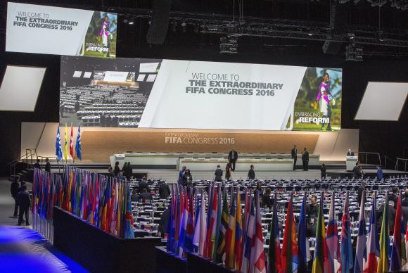 fifa_patrick_b._kraemer_lusa O congresso de federações filiadas à Fifa vai eleger hoje o sucessor de Blatter na presidência da instituição Imagem FifaPatrick KraemerAgência Lusa