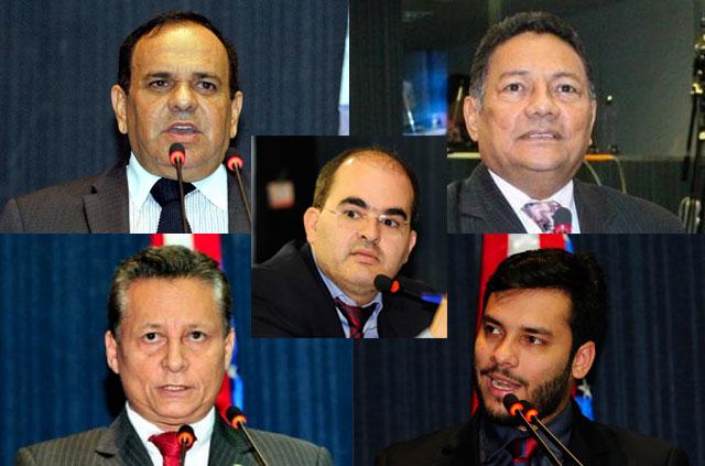 Orlando Cidade, Francisco Souza, Ricardo Nicolau (ao centro), Adjuto Afonso e Platiny Soares (Fotos: ALE/Divulgação)