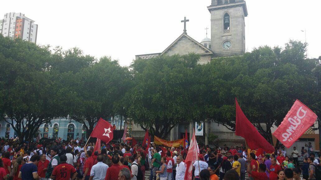 Manifestacao pela democracia 18-03 manaus (2)