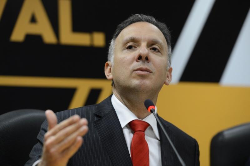 Líder do governo na Câmara, Aguinaldo Ribeiro admite que recuo alivio base aliada (Foto: Fabio Rodrigues Pozzebom/ABr)