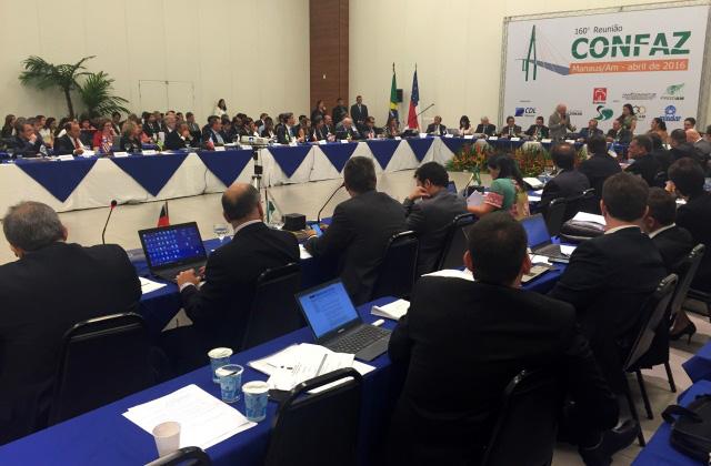 Reunião com secretários de Secretarias de Fazenda de todo o País foi realizada em Manaus, nesta sexta (Foto: Divulgação/Sefaz)