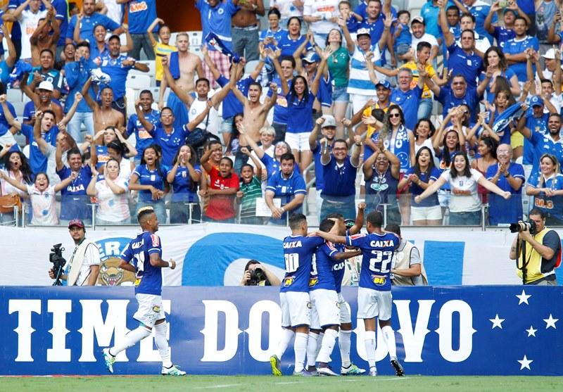 BELO HORIZONTE / BRASIL - 03.04.2016 - Cruzeiro x Guarani, no Mineirão, em Belo Horizonte-MG, pela 10ª rodada do Campeonato Mineiro de 2016. © Washington Alves / Light Press / Cruzeiro