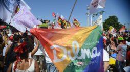 Brasileiros em Lisboa fazem ato de apoio a Dilma