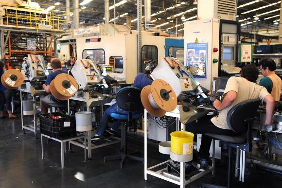 industrias Fábricas acumulam retração de 11,8% nos dois primeiros meses de 2016 ArquivoAgência Brasil