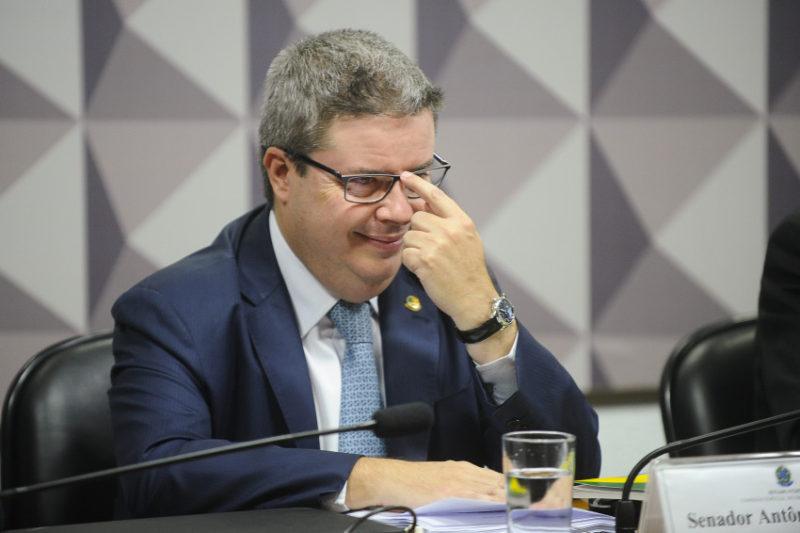Candidatos do PSDB, Novo e DEM lideram em doação de pessoas físicas
