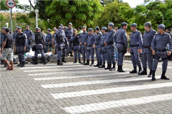 Melo nomeia para a cúpula da Polícia Militar outro oficial que responde a processo na Justiça