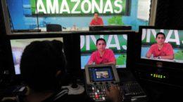 Centro de Mídias da Seduc veicula aulas via satélite para cidades do interior do Estado (Foto: Alfredo Fernandes/Seduc)