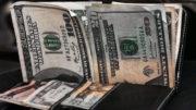 SÃO PAULO 08 07 2016 Dólar cai, após governo propor meta fiscal de 2017 abaixo deste ano Na véspera, moeda teve valorização de 0,86%, cotada a R$ 3,3659. Em julho, avança 4,74%, e no acumulado de 2016, recua 14,7%. FOTO FERNANDA CARVALHO FOTOS PUBLICAS