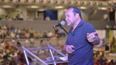 Eron Bezerra lançou-se pré-candidato do partido, e discute aliança com o PT (Foto: Divulgação)