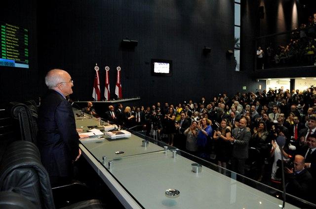 O governador José Melo na Assembleia Legislativa, em fevereiro deste ano (Foto: ALE/Divulgação)