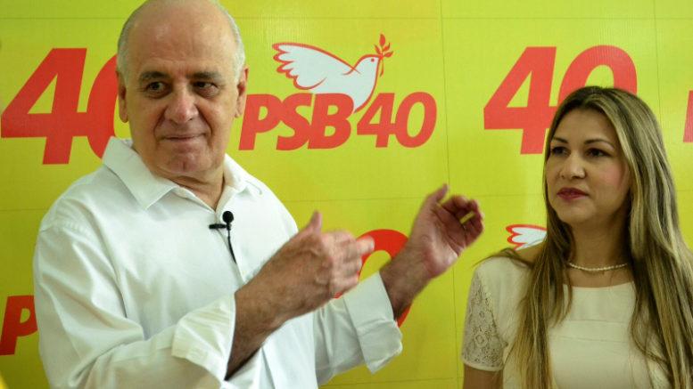 Serafim Corrêa, candidato a prefeito de Manaus e Cristiane Balieiro, candidata a vice, ambos do PSB (Fotos: Valmir Lima)