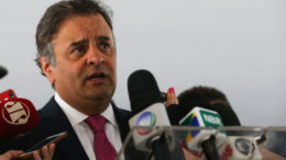 Brasília 27/07/2016- Senador Aécio Neves fala à imprensa após encontro com o presidente interino Michel Temer no Palácio do Planalto (José Cruz/Agência Brasil)