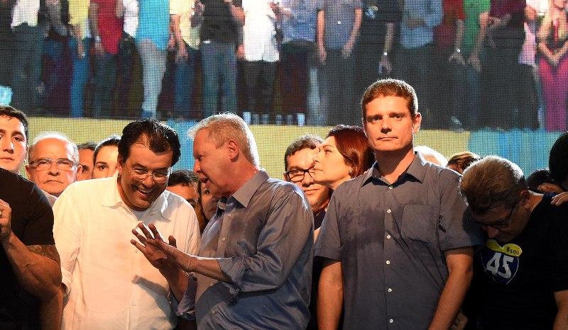 Eduardo Braga e Arthur Virgílio Neto na convenção que homologou a candidatura do prefeito e do vice Marcos Rotta (Foto: Chico Batata)