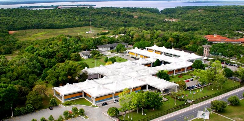 Sede da Suframa, em Manaus, Ex-servidores fraudavam guias de importação (Foto: Divulgação)
