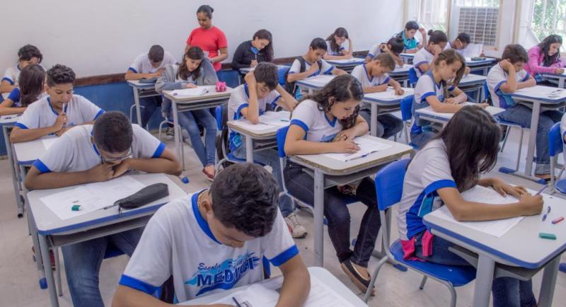Alunos com maior renda nas escolas públicas têm desempenho melhor em Português e Matemática, diz estudo (Foto: Divulgação)