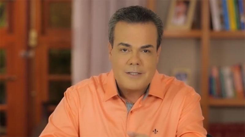 Henrique Oliveira perde a cabeça com 'eleitor'. O que você faria no lugar dele?