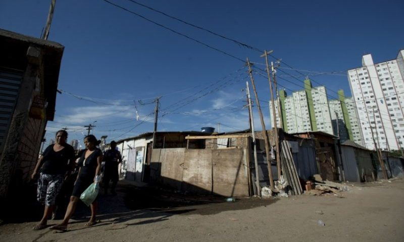 Entre os brasileiros, 10% com menor renda concentram apenas 0,7% da riqueza do País, diz IBGE (Foto: Marcelo Camargo/ABr)