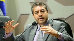 Brasília - O ministro do Trabalho, Ronaldo Nogueira, participa de audiência pública conjunta das Comissões de Direitos Humanos (CDH) e de Assuntos Sociais (CAS) do Senado. (Marcelo Camargo/Agência Brasil)