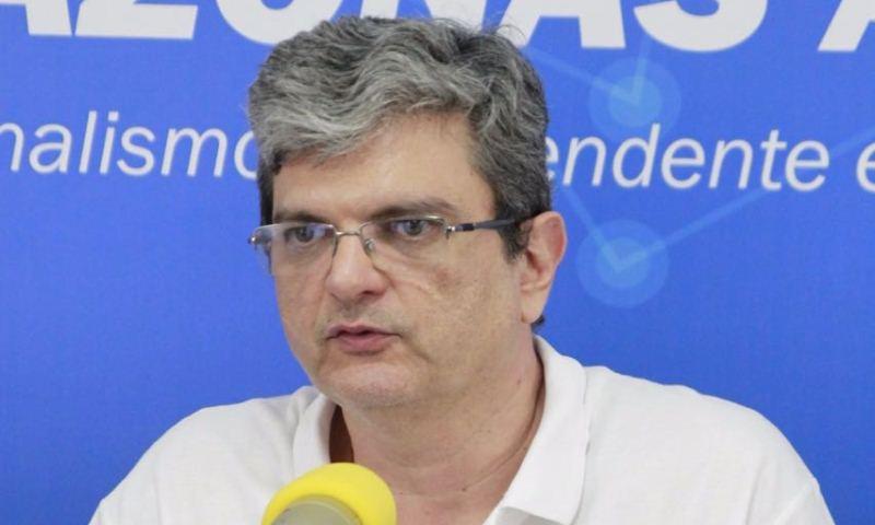 Advogados de David Almeida querem ensinar institutos a realizar pesquisa