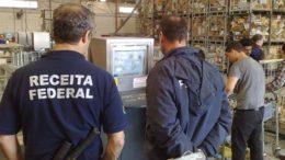 Fiscais vão liberar apenas cargas com produtos perecíveis em operação padrão (Foto: Divulgação)