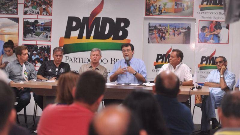 Reunião com Eduardo Braga e Arthur Virgílio Neto com prefeitos e vereadores do PMDB (Foto: Chico Batata)