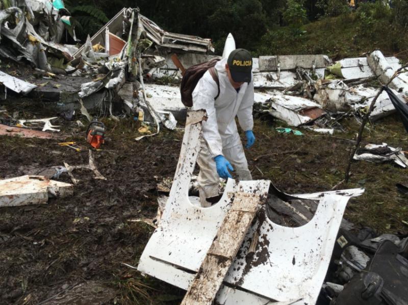 Falta de combustível causou tragédia da Chapecoense, conclui a Aeronáutica