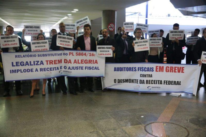 Taxa de sindicalização no País cai ao menor nível desde 2012, diz IBGE