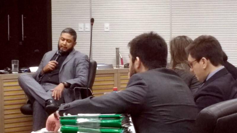 Gerson Soares prestou depoimento e abriu o verbo contra o deputado Platiny Soares e o governador José Melo (Foto: Rosiene Carvalho)