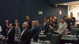 Votação da PEC que criou o orçamento impositivo mobilizou deputados da base aliada de Melo (Foto: Elisa Maia/ALE)