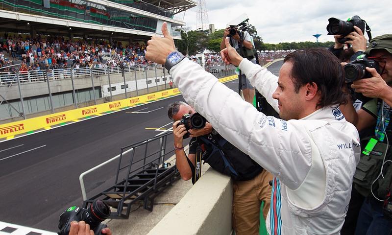 Felipe Massa sonha em chegar entre os três primeiros colocados, no domingo (Foto: Beto Issa/GP Brasil)